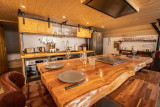 CALVET-GRANGE3-@Birrien vue sur table cuisine WEB