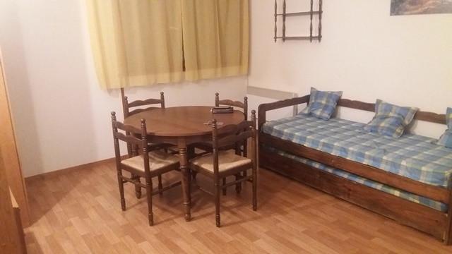 4.Capell Mir-ARMAZAN 1392F salle à manger 12
